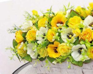 Правила составления букета из живых цветов. Подходящие материалы для оформления